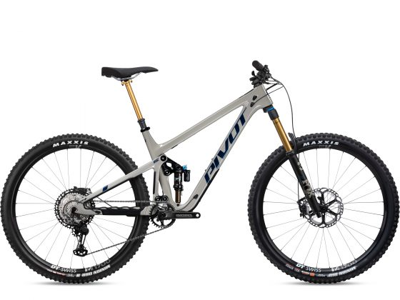 Pivot Switchblade Team XTR Beige