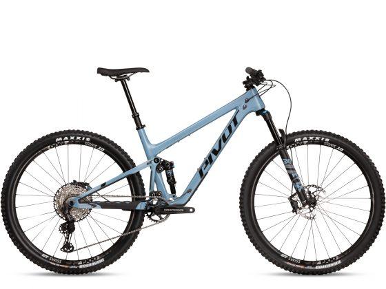 Pivot Trail 429 Race XT Bleu